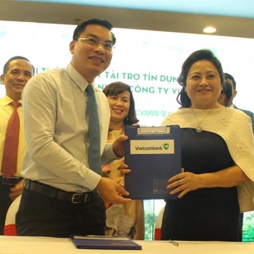 Vietcombank tài trợ vốn gần 1.500 tỷ cho  công ty Vietcomreal .